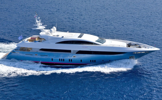 Motor Yacht and Catamaran Charters