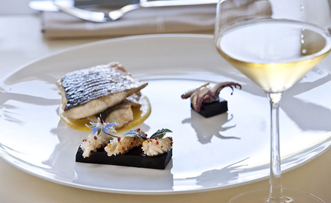 luxury food wine experiences Greece