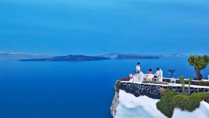 Romantic Santorini View - Luxury Vacations & Honeymoons