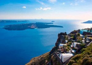 Santorini caldera view - Luxury Vacations & Honeymoons