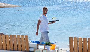 Mykonos best beach club - Luxury Vacations & Honeymoons