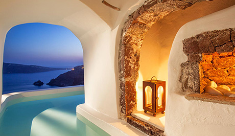 Santorini best boutique hotel - Santorini Luxury Vacations and Honeymoons