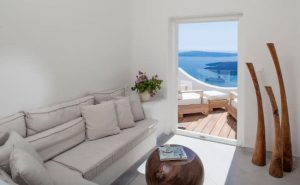 Santorini Villa on caldera - Greek Island Luxury Villa Rentals