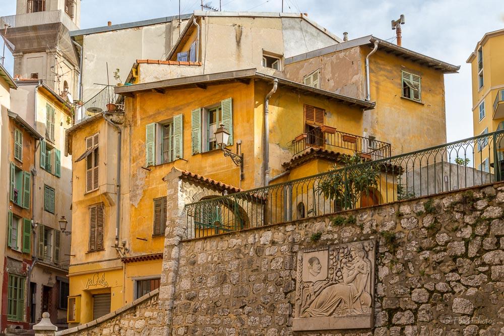 A morning walk through Nice